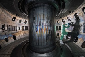 2880px-2017_TOCAMAC_Fusion_Chamber_N0689